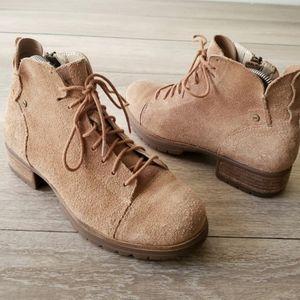 Caterpillar Delancy Vintage Inspired Boots